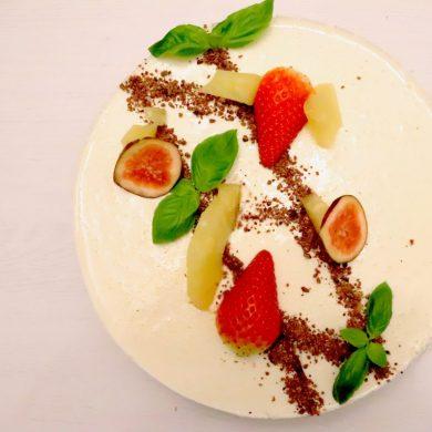 Cheesecake-cu-busuioc-si-ananas-main-e1554554005487.jpg