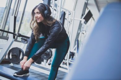 The Benefits of Joining a Gym vs. Working out at Home