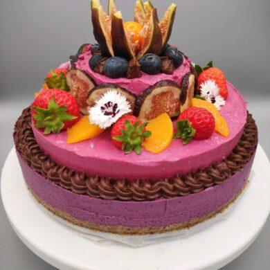 vegan-cakes-for-party-in-London-e1605454401797.jpg