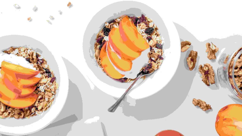 Cardamom & peach quinoa porridge