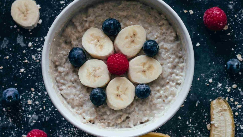 Healthy porridge bowl